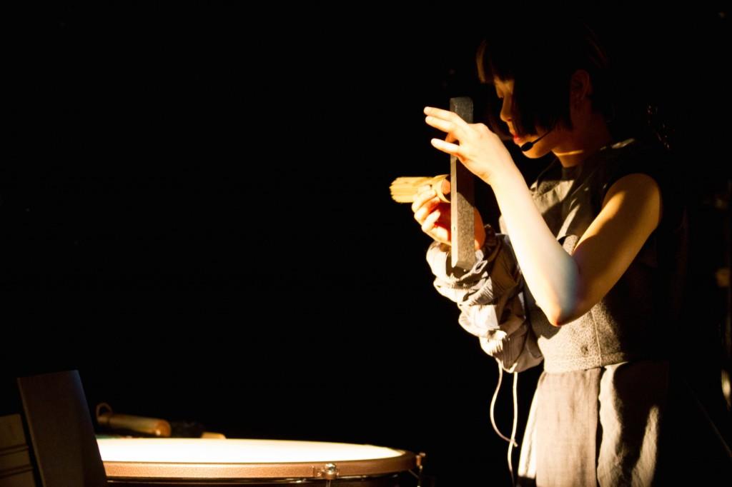 Hiatus, concert RIT. Mise en scène de Julio Guerreiro, dramaturge Anne-Laure Sanchez, avec Yi-Ping Yang, Emmanuel Scarpa, Christian Scelles, Patricia Thévenet, Anne-Laure Sanchez